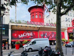 В Париже начнут штрафовать слишком громкие автомобили