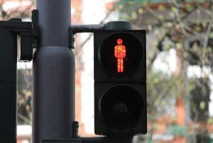 В России появятся «дружелюбные» пешеходные переходы и «умные» светофоры