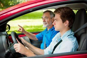 Требования к квалификации сотрудников автошкол могут быть повышены