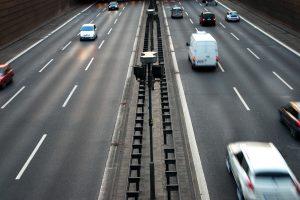 Проблемы на дорогах России: что мешает сделать дороги удобными и безопасными